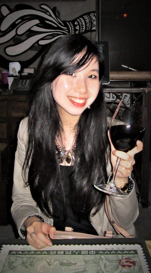 Véronique DUONG - Experte SEO international - Amatrice de vin et diplômée de WSET 1 - Référencement Marketing du Vin